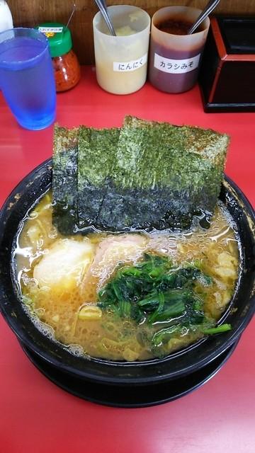 上越家 - ラーメン650円。麺固め。