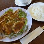 カフェノア - 豚肉のオニオンソースセット(930円)