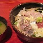 海鮮厨房 - 海鮮丼