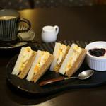 伊那Cafe - モーニングサービス Bセット 390円