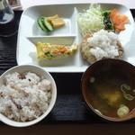 べりカフェ つばさ・游 - ごぼう入りハンバーグ定食 800円