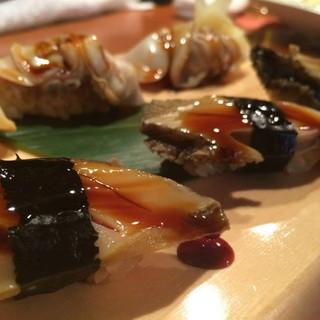 宮城県産の旨味が凝縮したクロアワビ料理が楽しめます