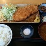 37262665 - 2014/02/13 13:10訪問 特選ローズとんかつ定食
