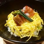 京都 瓢斗 - 車海老、穴子、干し椎茸、蕨、錦糸玉子