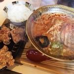 味噌乃家 - 辛味噌ラーメン(680円)+唐揚げセット(250円)