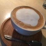 ブリキボタン CAFE&DINING - カフェオレ