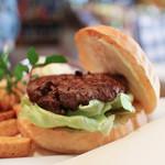 センターフォーハンバーガーズ - Hida Beef Burger☆