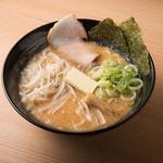 麺匠七福門 - 熟成味噌ラーメン(バタートッピング)