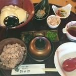 勘四郎 - 茹でたて豆腐御膳