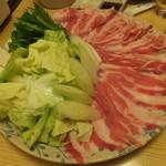 魚海船団 - 黒豚と春キャベツのしゃぶしゃぶ