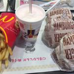 マクドナルド - マックシェイクさくらんぼ味 ハンバーガー3個 ボテトL
