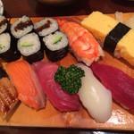 司鮨 - 料理写真:ランチにぎり 950円