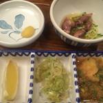 かつ吉 - 薬味と一品料理(ホタルイカ)