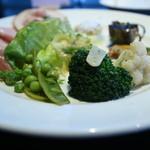 オステリア パーチェ - 料理写真:前菜盛り合わせ。揚げなすバルサミコ、春キャベツ、新玉ねぎパルメサンソース、南瓜ロースト