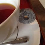 37313207 - 紅茶のカップ