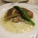 ビストロ ポップコーン - 魚料理(白身魚のポアレ インディカ米のリゾットを添えて)