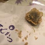 天ぷら てんかつ - ウニ。甘い〜