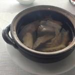 37317966 - ★7牛肉入りスープ 白胡椒を効かせて