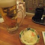 立ち飲み処ここ - ビール&ポテトサラダの500円セット(2015.4.25)