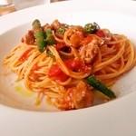 カフェレストラン ラヴィータ - 豚ラグーとインゲンのトマトスパゲッティー