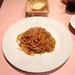 BRIOACE - ランチメニューよりパスタセットA 真イワシと香味野菜のトマトソース