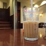 ドトールコーヒーショップ - 2015/04 アイスカフェ・ラテ M 300円
