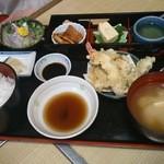 茶山 - おすすめ定食