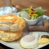 ひよこカフェ - 料理写真:ベネディクトパンケーキ♪