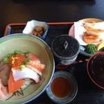 厨 - 海鮮丼