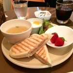 Fruit Cafe Saita!Saita! - 料理写真:パニーニのランチです