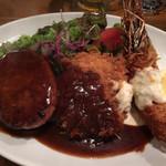 ハンバーグレストラン BOSTON - ハンバーグ、豚カツ、海老フライ @1800-