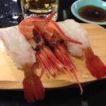 沼津 魚がし鮨 流れ鮨 - ボタン海老