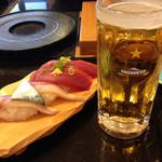 沼津 魚がし鮨 流れ鮨 - 活けじめ生サバと初かつお、静岡麦酒生