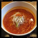 牛骨屋 バカボーン - 赤麺 850円