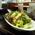 B.Cafe - サラダはおかわり無料