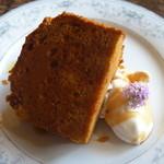 ルバーブ - 料理写真:キャラメルのケーキ