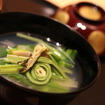 日本料理 徳 - 鰆?と山菜のお椀