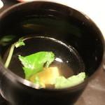 日本料理 徳 - 御飯と一緒に。おすまし(豆腐)