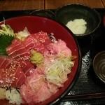 37340234 - 本鮪漬けとネギトロ丼