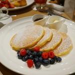 サラベス - レモンリコッタパンケーキ