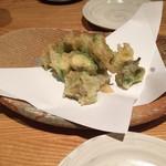 北海道産石臼挽蕎麦 増田屋 - アボカドの天ぷら