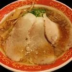 37344305 - 背脂醤油ラーメン720円(税込)