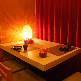 落ち着いた雰囲気の個室完備☆