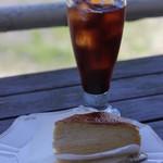 ラ・メール - ケーキセット(ミルクレープ&アイスコーヒー)