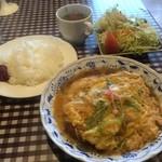 洋食家 アルハンブラ - サービスランチ、ポークカツ玉子とじ(2015,4)