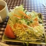 洋食家 アルハンブラ - サラダ、スープ(2015,4)