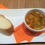 ラ テラス カフェ エ デセール - パン スープ
