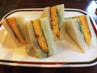 コンパル 大須本店 - コーチン玉子サンド