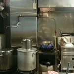 素和可 - スープはその都度、片手鍋で温めて提供していました