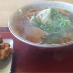 丹波篠山食堂 - 中華そば(324円)唐揚(270円)コスパは最高(笑)